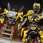 FOTO KERAJINAN SEMARANG : Kostum Transformers Dibikin di Tengaran