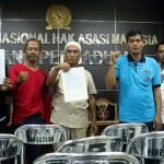 FOTO PABRIK SEMEN PATI : Komnas HAM Diprotes Warga Rembang