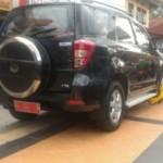 Parkir Sembarangan saat Tahun Baru, 1 Mobil Digembok di Jl. Pahlawan