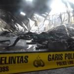 KEBAKARAN SUKOHARJO : Api di Pabrik Plastik Telukan Padam, Saatnya Tim Puslabfor Bekerja