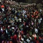Bubarkan Massa Pendukung Ahok, Polisi Tembakan Water Cannon