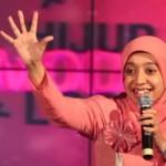 Kenalan dengan Sakdiyah Ma'ruf, Komika Berhijab Pertama di Indonesia