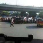 LALU LINTAS SEMARANG : Bikin Semrawut, Pengguna Jalan di Kalibanteng Jadi Gunjingan