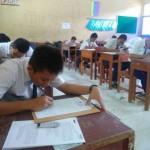 Pelaksanaan Ujian Nasional (UN) di SMPN 5 Sragen, Selasa (2/5/2017). (Tri Rahayu/JIBI/Solopos)