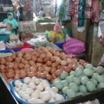 KOMODITAS PANGAN : Harga Telur di Pasar Solo Makin Turun