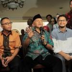 Amien Rais (tengah) memberikan keterangan tentang aliran dana kasus korupsi pengadaan alat kesehatan, di Jakarta, Jumat (2/6/2017).(JIBI/Solopos/Antara/Muhammad Adimaja)