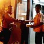 RAMADAN 2017 : 22 Penjaga Palang Kereta Api Dapat Sahur Gratis