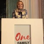 Lindsay Lohan Buka Puasa Bareng Maher Zain