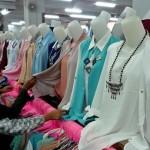 Hukum Pakai Baju Baru Saat Lebaran, Wajib Banget?