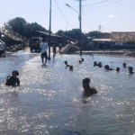 ROB DEMAK : Bagi Warga Demak Ini, Banjir Bawa Berkah