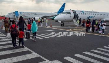 Ilustrasi mobilitas penumpang di Bandara Ahmad Yani, Semarang, Jateng. (JIBI/Solopos/Antara/Aji Styawan)