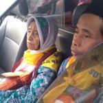 HAJI 2017 : Kaki Lumpuh, Tak Halangi Nenek-Nenek Banjarnegara Ini Berangkat ke Tanah Suci