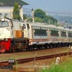 PENDIDIKAN SEMARANG : KAI Semarang Ajak Siswa TK Cintai Kereta Api
