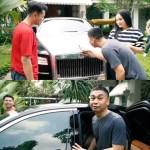 """Review Mobil Mewah Raffi Ahmad, """"Baru Kali Ini Raditya Dika Kelihatan Katrok"""""""