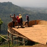 Gunung Muria Diselimuti Kabut, Tiga Pendaki Belasan Tahun Tersesat