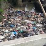 KEBERSIHAN KENDAL : Menjijikkan, Sungai di Kendal Ini Tampak Seperti Tempat Sampah