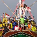 FOTO TRADISI DEMAK : Meriahnya Sedekah Laut Syawal