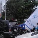 LIGA 2 : Tak Pakai Helm dan Bawa Bendera Besar, Suporter PSIS Jadi Gunjingan