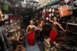 Eksplorasi Pasar Tradisi dalam Peragaan Busana dan Seni Tari