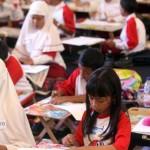 FOTO GEMAR MAKAN IKAN : Sosialisasikan Anak Lewat Lomba Melukis & Mewarnai