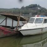 WISATA SRAGEN : Mangkrak, Perahu Bantuan Pemerintah Pusat di Gunung Kemukus Karam
