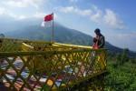 Selfie berlatar Gunung Merbabu. (Mariyana Ricky P.D./JIBI/SOLOPOS)