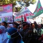 DEMO BATANG : Ribuan Warga Tolak Full Day School, Bupati dan Wabup Turut Serta
