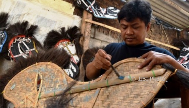 DANA DESA SUKOHARJO: Tawangsari Sukoharjo Bangun Akses dan Berdayakan Difabel