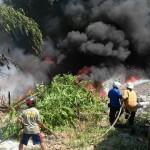 KEBAKARAN SRAGEN : Limbah Rongsok Milik Warga Gemolong Dilalap Si Jago Merah