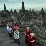 Aktivitas wisatawan di Candi Borobudur, Kabupaten Magelang, Jateng. (JIBI/Solopos/Antara/Anis Efizudin)