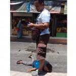 Video Viral, Netizen Ini Punya Cara Jitu Atasi Anak Tantrum