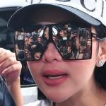 Penyanyi Syahrini berjalan untuk menjalani pemeriksaan kasus biro perjalanan First Travel di Bareskrim Mabes Polri, Jakarta, Rabu (27/9/2017).  (JIBI/Solopos/Antara/Fandi)