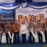 UNDIAN BERHADIAH : Bank Jateng Klaten Bagi 7 Mobil Avanza