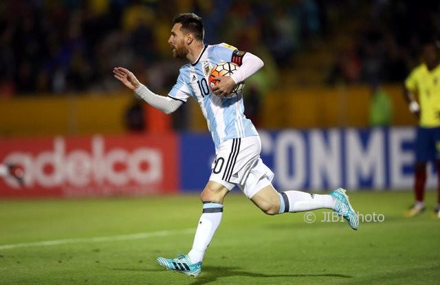Messi Balik ke Timnas, Barca Rugi?