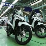 MOTOR TERBARU : AHM Rilis Tampilan Baru New Honda Revo X