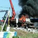 Kebakaran Truk Pompa Cor Beton di Demak Bikin Sopir Terluka Parah