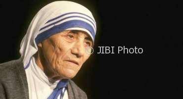 Sejarah Hari Ini : 17 Oktober 1979, Nobel Perdamaian untuk Bunda Teresa