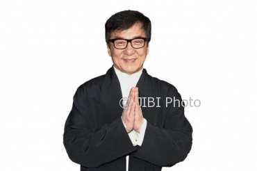 Jackie Chan Ungkap Sisi Kelam Kehidupannya