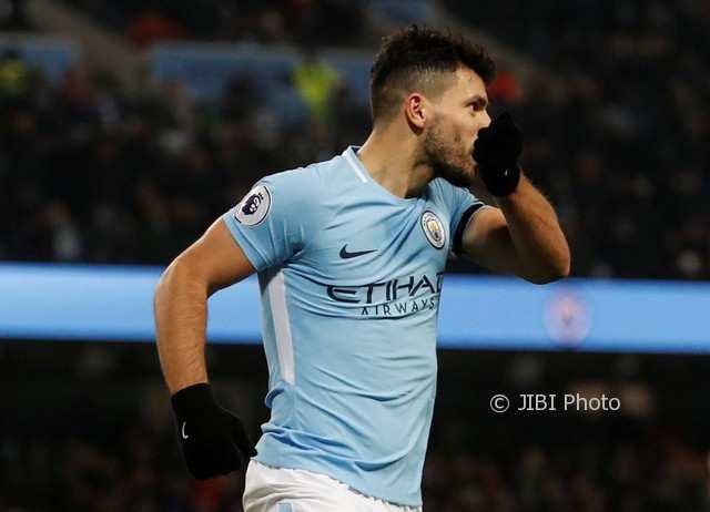 Gawat! Manchester City Tanpa Aguero Lawan MU