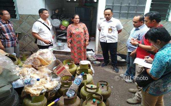 ELPIJI SEMARANG : Duh, Rumah Makan Padang di Semarang Habiskan 12 Tabung Elpiji 3 Kg/Hari