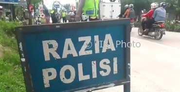 Razia polisi di jalanan Kabupaten Grobogan, Jateng, Sabtu (6/1/2018). (Instagram-@satlantasgrobogan)