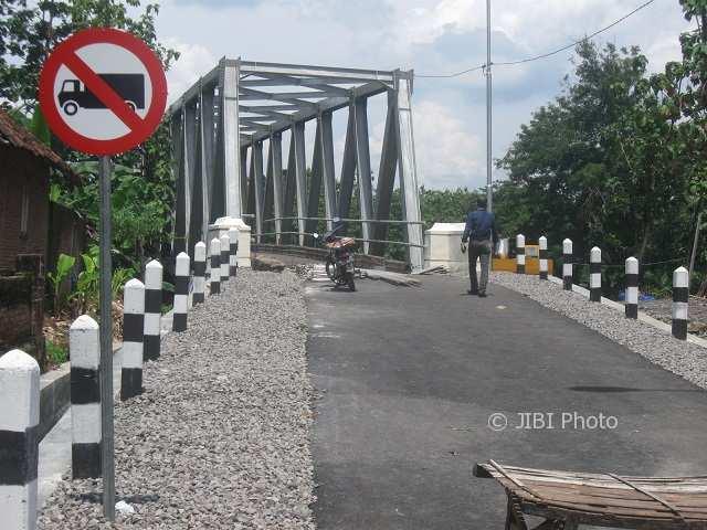 INFRASTRUKTUR SUKOHARJO : Jembatan Lengking Dibuka, Warga Berharap Jalannya Juga Diperbaiki