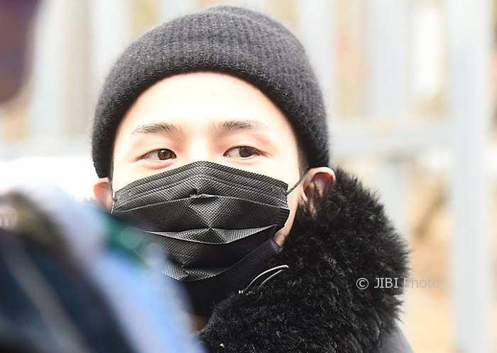 K-POP : G-Dragon Resmi Masuk Wajib Militer
