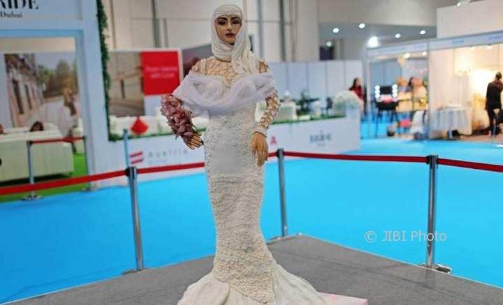 KISAH UNIK : Kue Manekin Cantik Ini Dihargai Rp10 Miliar