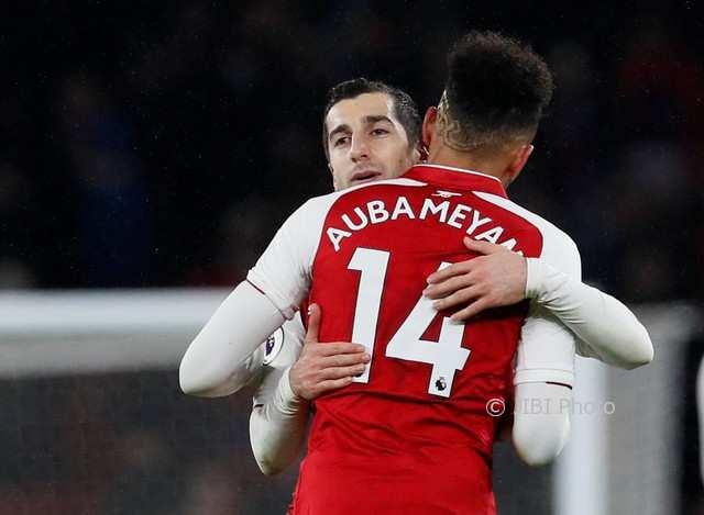 LIGA INGGRIS : Arsenal Punya Aubameyang-Mkhitaryan, Tottenham Tak Ciut Nyali