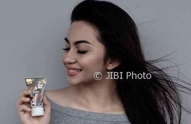 Endorse Produk Pelangsing, Bodi Ariel Tatum Bikin Salah Fokus