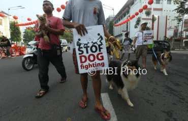 ahabat Anjing Surakarta  longmarch  di Jl. Jenderal Sudirman, Solo, Minggu (26/2/2018). (Nicolous Irawan/JIBI/Solopos)