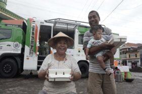 Humanity Food Truck 2.0 Tebar Manfaat di Kampung Nelayan Tanjung Mas