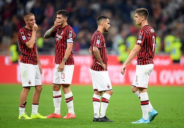 4 Kekalahan dalam 6 Laga, Milan Terpuruk