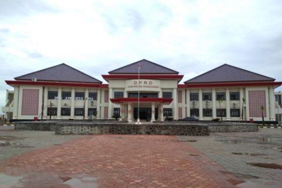 Gedung DPRD Sukoharjo di Mandan. (Solopos-Indah Septiyaning W.)